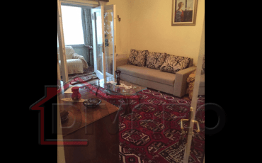 Vanzare apartament trei camere Cotroceni parter