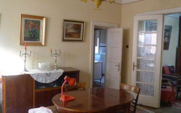 Vanzare apartament trei camere Cotroceni metrou