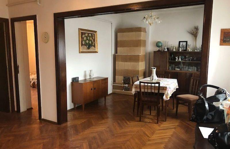Vanzare apartament Cotroceni patru camere terasa
