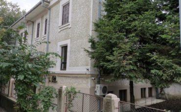 Vanzare vila brancoveneasca renovata D+P+1+M Cotroceni