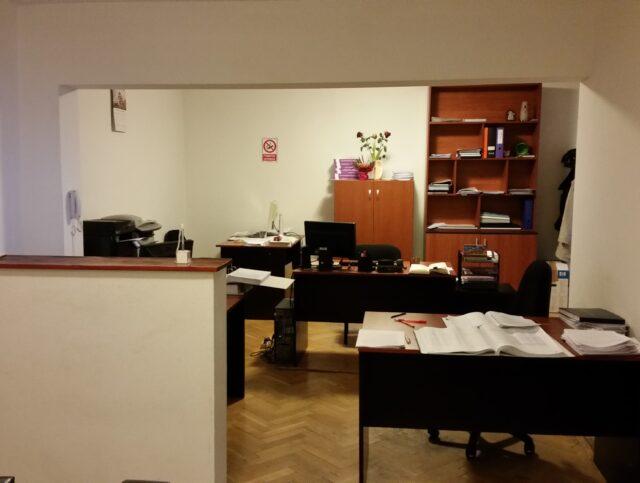 Inchiriere apartament trei camere ideal rezidenta/firma Panduri Marriott