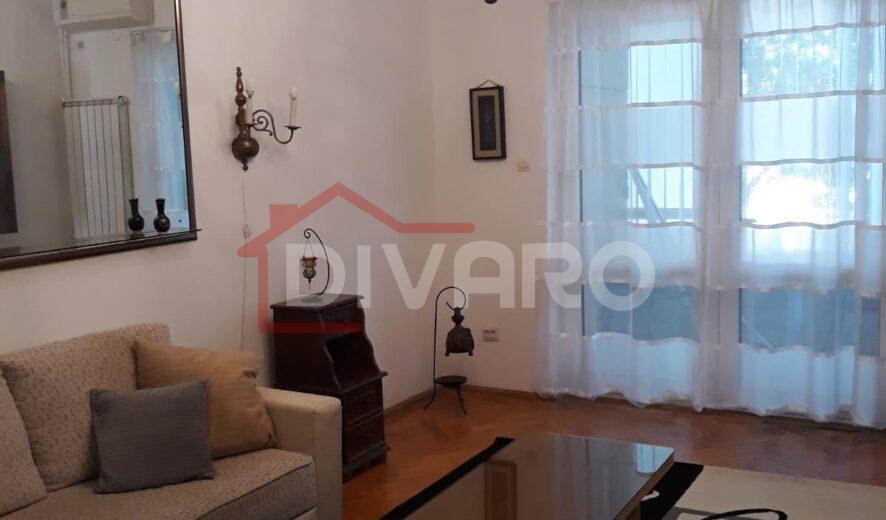 Inchiriere apartament doua camere mobilat/utilat Piata Amzei
