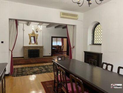 Vanzare apartament sapte camere parter demisol garaj curte Cotroceni