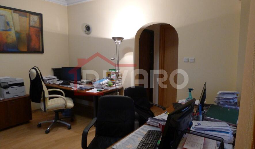 Vanzare vila D+P+1+M renovabila Cotroceni Medicina metrou Eroilor