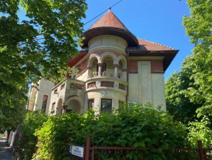 Vanzare hochparter trei camere vila cu gradina Cotroceni Romniceanu