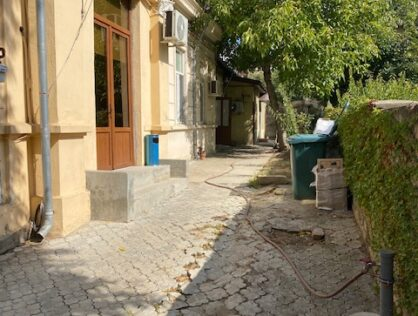 Vanzare casa trei camere ideala rezidenta/firma Stirbei Voda Plevnei